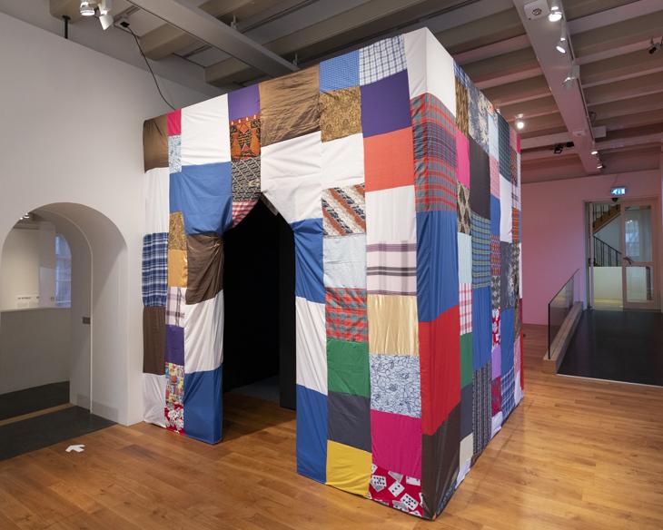 Installation View – 'Winti na rutu' – Amsterdam Museum (2020/2021)